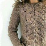 вязаный свитер с ложной косой